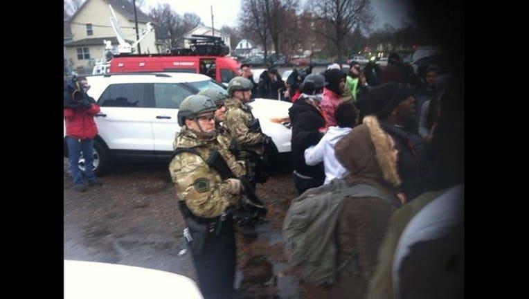 a4801fdf-police at 4th precinct in tactical gear_1447884263721.jpg