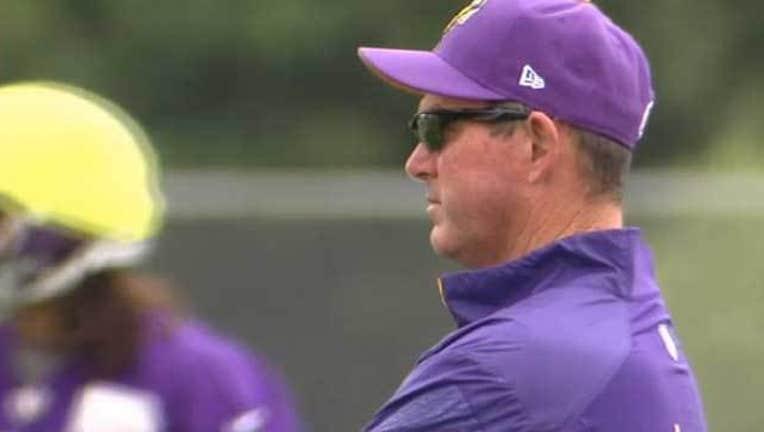 b18c431f-Vikings head coach Mike Zimmer
