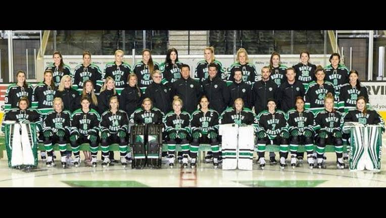b78122b1-UND womens hockey team_1490824299635.JPG