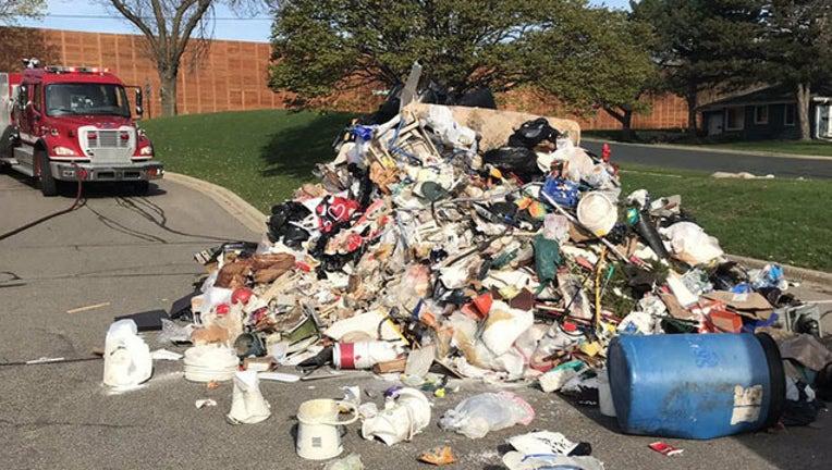 b9474183-bloomington trash_1556898678326.jpg.jpg