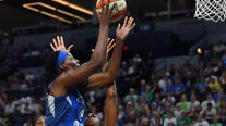 Lynx sign MVP Sylvia Fowles to multi-year deal