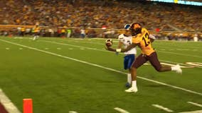 Gophers WR Rashod Bateman honors late uncle with crazy one-handed TD catch