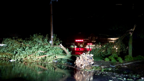 Possible tornado, high winds cause damage in Sioux Falls, South Dakota