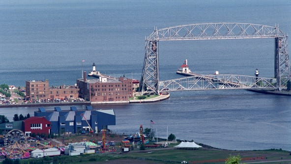 Minneapolis woman stranded on cement block in Lake Superior