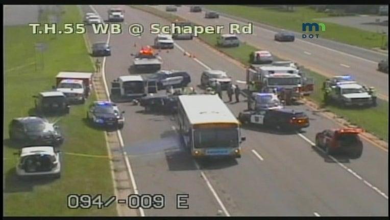 51032be5-55 bus crash