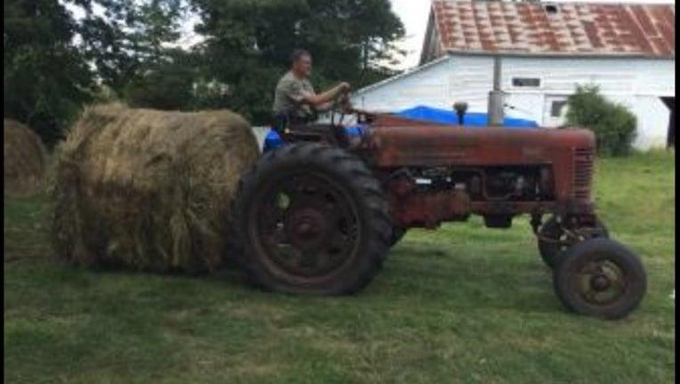 deputies help farmer_1566077531431.jpg.jpg