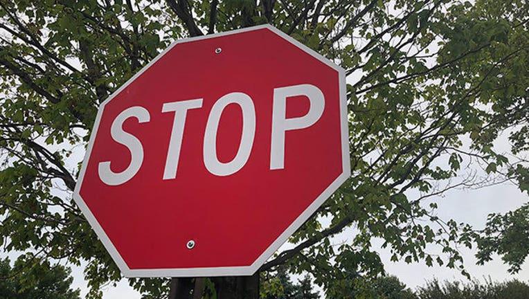 b99bc717-stop-sign-generic_1563653704682.jpg