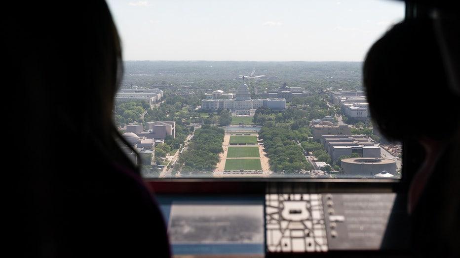 FLICKR-President-Donald-Trump-Official-White-House-Photo-WashingtonMonument_1.jpg