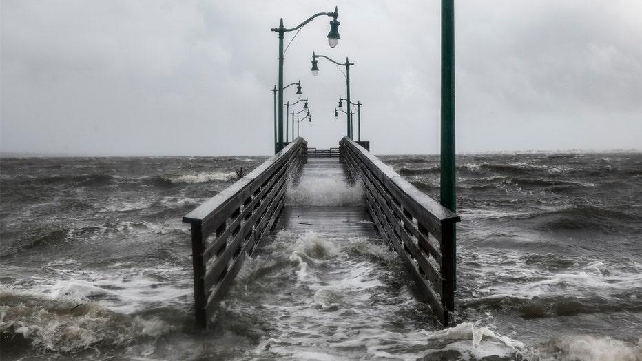 StormSurgeWarningVsWatch__Banner_Getty.jpg