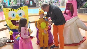 Todd Walker explores the Nickelodeon Boo-niverse at the Mall of America