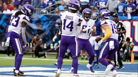 Apology accepted: Cousins, Thielen lead Vikings to 28-10 win over Giants