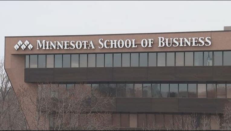 571e6c74-Minnesota School of Business Globe Univeristy_1482285385112.JPG