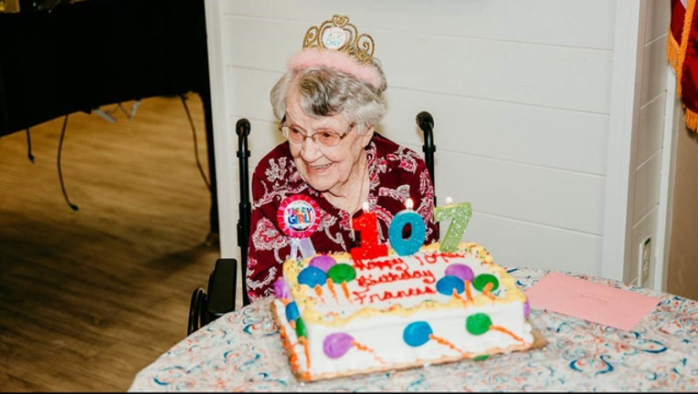 Superb New Tampa Woman Celebrates 107Th Birthday Says Her Secret Is Personalised Birthday Cards Veneteletsinfo