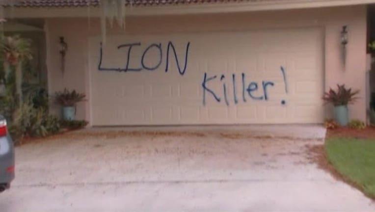 4f2fd6a6-Lion killer vandalism