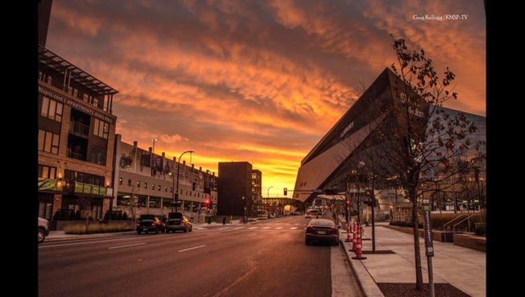 81648942-US Bank Stadium sunrise