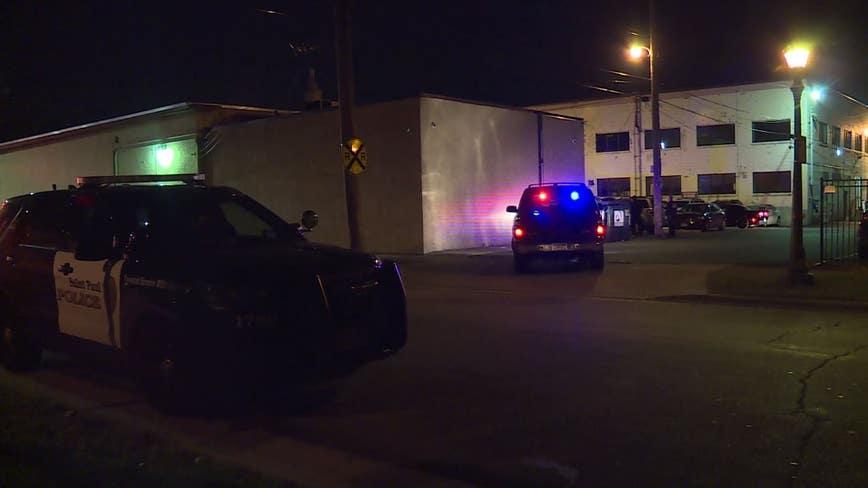 2 shot outside St. Paul bar late Friday night