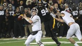 Takeaways: Gophers lose at Iowa, 23-19