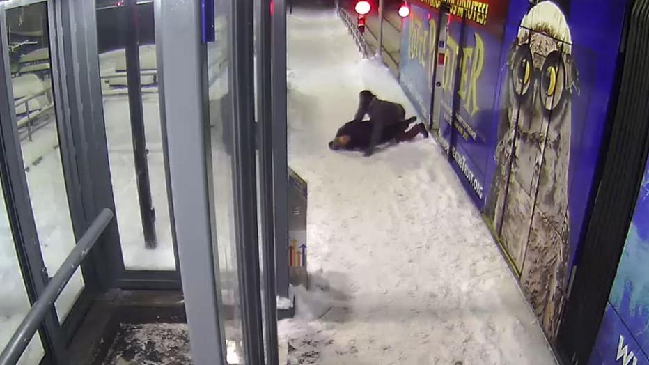 Metro Transit Police Officer punched and tackled