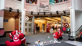 Santa-clad Greenpeace protesters at Minneapolis Target ask store to ditch single-use plastics