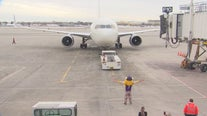 Vikings team, fans get special sendoff to San Francisco for playoff game