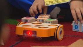 Bloomington, Minn. first grade students getting early jump on coding and robotics
