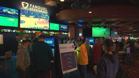 Minnesotans flock to Iowa to bet on the Super Bowl at new sportsbook