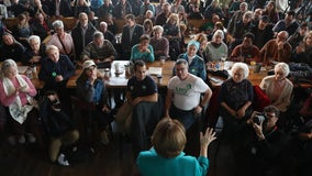 Klobuchar's closing argument in Iowa: I can win