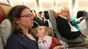 Online petition asks American Airlines, United, Delta to seat families together