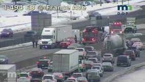 Man dies in crash on I-494 in Bloomington, Minnesota