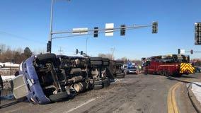 Semi crashes on Hwy. 55 in Eagan, spills diesel