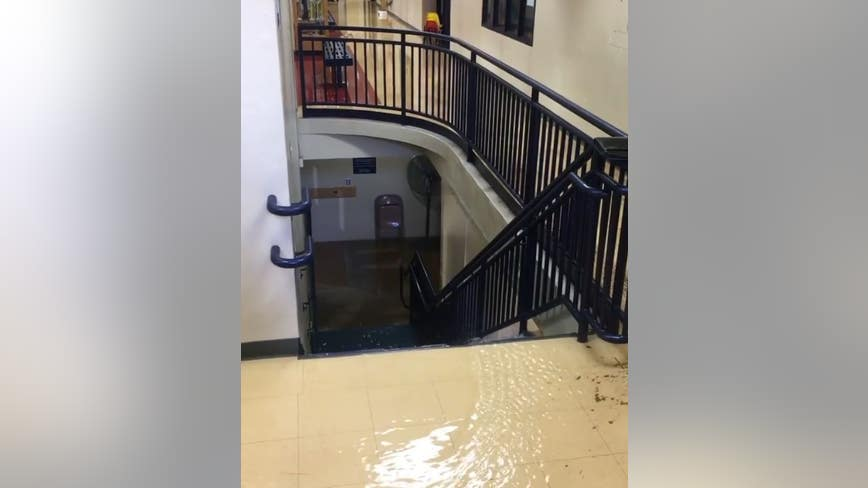 Sewer main break closes Annunciation School in Minneapolis