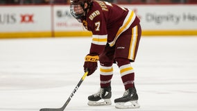 Minnesota-Duluth Defenseman Scott Perunovich takes home Hobey Baker Award