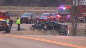 1 dead in 2-vehicle crash in Laketown Township, Minnesota