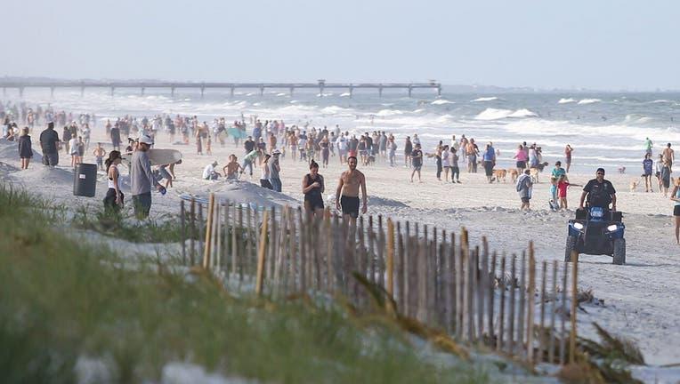 Jacksonville-Beaches-Crowd-Getty-3