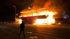 Damaged Minneapolis businesses voice solidarity with protesters