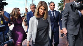 Lori Loughlin, Mossimo Giannulli officially plead guilty in college admissions case