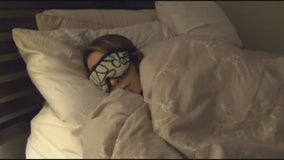 Experts say stress of pandemic linked to sleep loss, bizarre dreams