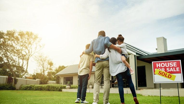 Credible-mortgage-myths-debunked-iStock-1081824440.jpg