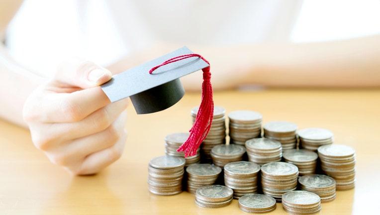 Credible-student-refinance-iStock-667113798.jpg