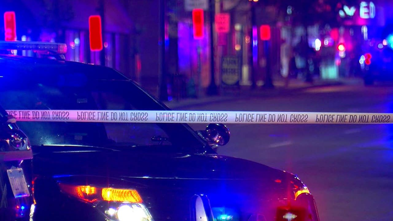 Witness describes chaotic scene after 12 people shot in Uptown Minneapolis - FOX 9 thumbnail