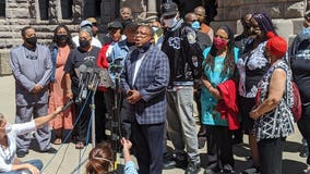 Black community leaders, activists back Minneapolis police chief amid calls to defund, dismantle MPD