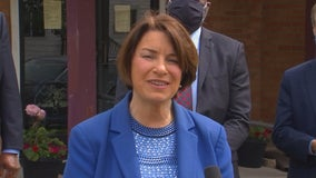 Klobuchar wants to see Biden seize 'historic moment' by adding woman of color to presidential ticket