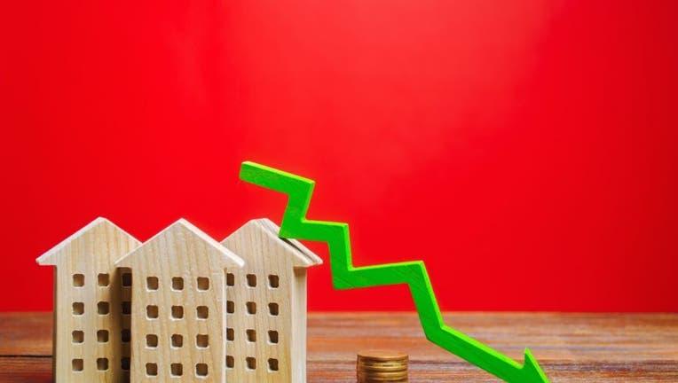 Credible-refinance-mortgage-now-iStock-1195432403.jpg