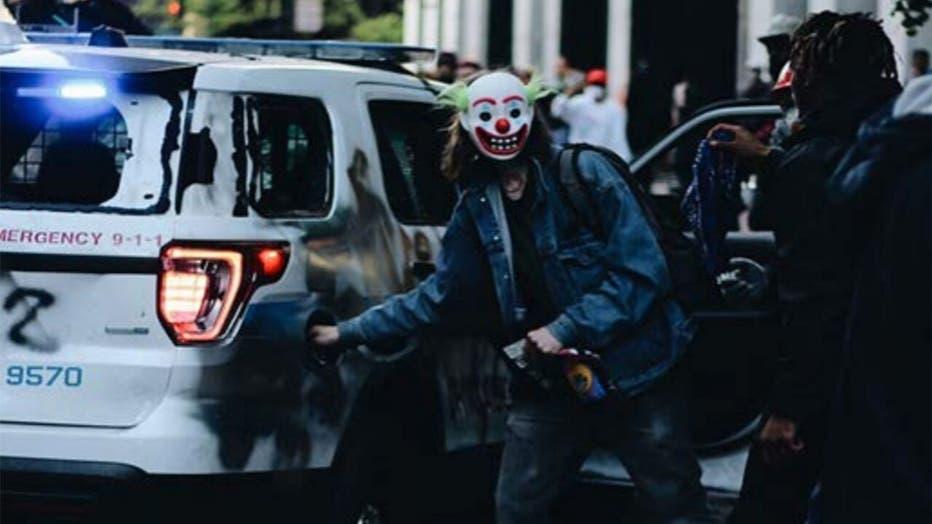 Clown-DOJ-4.jpg