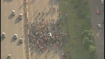Protesters march onto I-94 in St. Paul in response to unrest in Ethiopia after death of singer