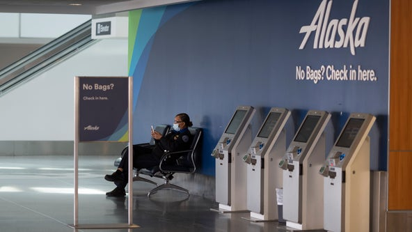 Alaska Airlines no longer making face mask exemptions, banning passengers who refuse