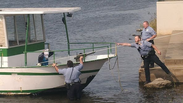 Man arrested after houseboat stolen from Nicollet Island in Minneapolis