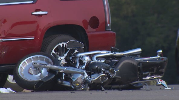 1 dead after crash involving motorcycle in Eden Prairie, Minn.