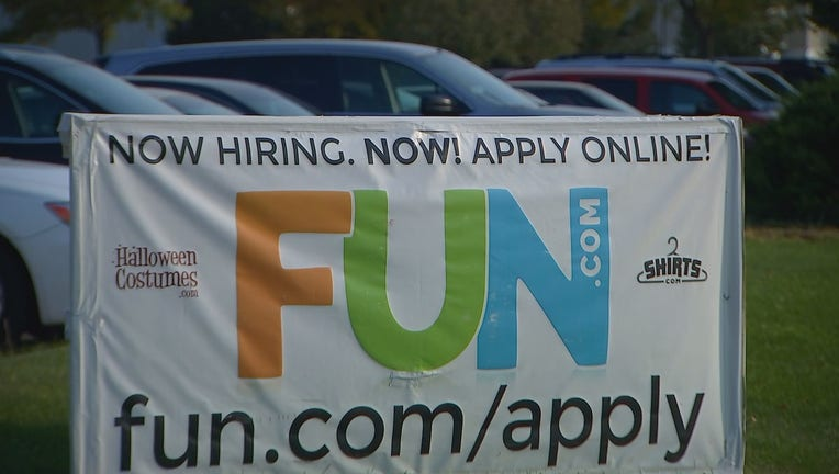Fun.com hiring sign