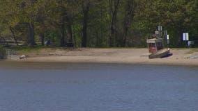3 Minneapolis lakes experiencing unusual fall blue-green algae blooms